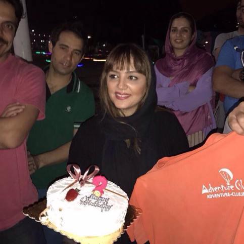 سورپرایز شدن لیلا برخورداری در جشن تولدش