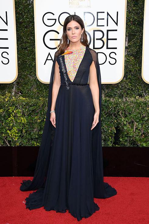 مدل لباس مندی مور Mandy Moore در مراسم گلدن گلوب 2017