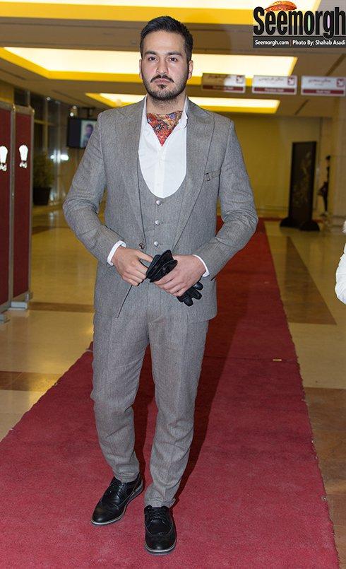 مدل لباس میلاد کی مرام در افتتاحیه جشنواره فجر 35