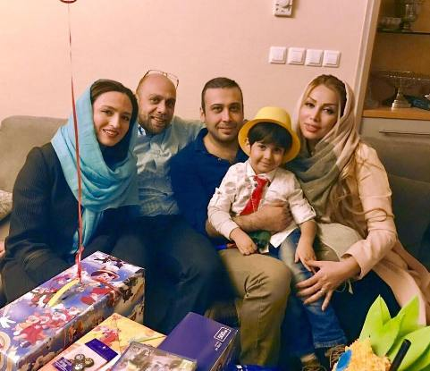 عکس محسن چاوشی و همسرش در کنار گلاره عباسی و همسرش