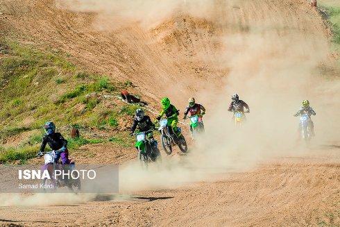 مسابقات موتورکراس زنان 1