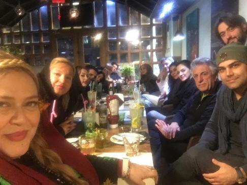 جشن تولد بهاره رهنما در کافه گوزن