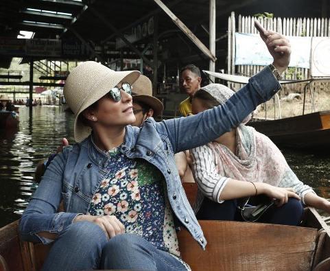 گردش سحر دولتشاهی در تایلند