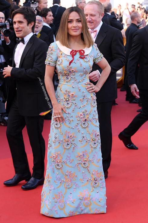 مدل لباس سلما هایک Salma Hayel در ششمین روز جشنواره کن 2017 Cannes