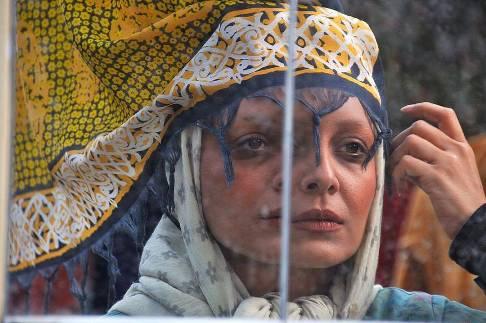گریم ساره بیات در فیلم بیست و یک روز بعد