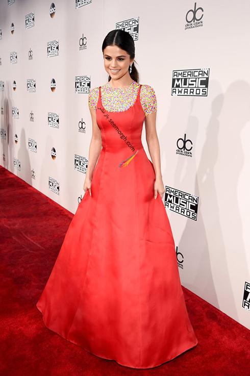 مدل لباس سلنا گومز Selena Gomez در America Music Awards 2016