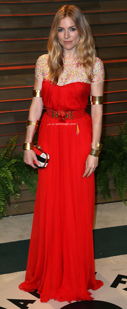 مدل لباس سیه نا میلر Sienna Miller روی فرش قرمز - عکس شماره 6