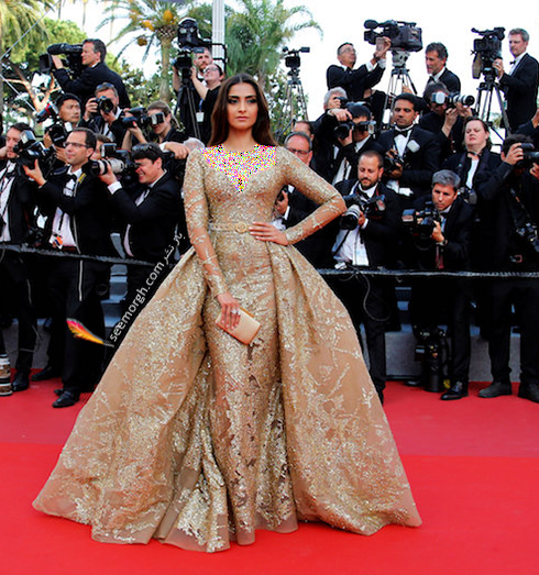 مدل لباس سونام کاپور Sonam Kapoor در ششمین روز جشنواره کن 2017 Cannes