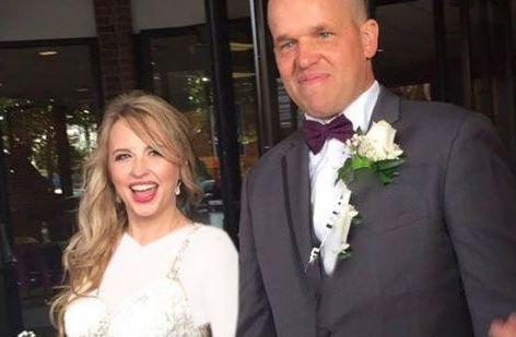 ازدواج زن و مردی که خیلی ساده آشنا شدند