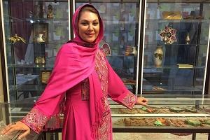نابغه فوتسال جهان و لاله اسکندری در کنار مهران مدیری + عکس