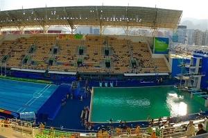 آب استخر المپیک 2016 سبز شد!