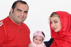 تصویری از بهداد سلیمی و دخترش در کنار بازیگر مشهور