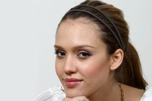 Bio actresses in Hollywood,this part: Jessica Alba+ Jessica Alba photos