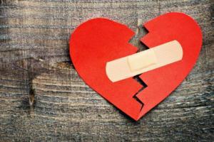 قلب شکسته چه خطراتی دارد؟!