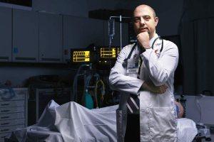 ادعای جنجالی پزشک مشهور ایرانی: می شود بعد از مرگ آدم ها را زنده کرد!