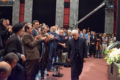 عکس محمدحسن خوشنویس در آیین نکوداشت سینمای ایران