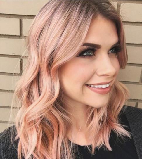 رنگ مو,رنگ مو هلویی,رنگ کردن مو