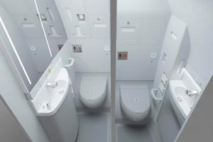 آیا میدانید توالت هواپیما چطور کار می کند؟