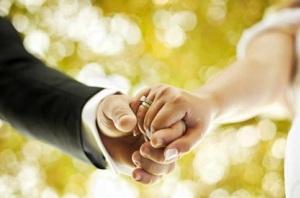 برگزاری مراسم ازدواج زیر آب بخاطر علاقه به غواصی!+ عکس