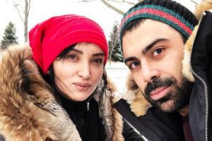 ورزش کردن روناک یونسی به همراه همسرش در باشگاه! عکس