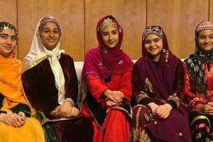 عکس: دخترهایی که جام و مدال قهرمان آسیا را آوردند