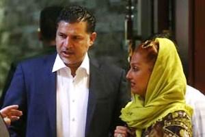 عکس های علی دایی و همسرش مونا فرخ آذری در یک رستوران