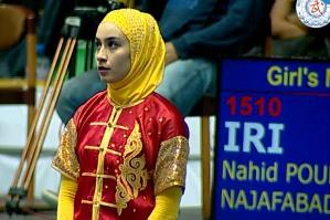 سوژه شدن حرکت ماتریکسی ورزشکار زن ایرانی! عکس