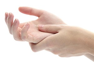 علت گزگز کردن انگشتان دست و پا
