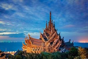 کلیساها و معابدی که معماری شگفت انگیزشان هوش از سر شما می برد + عکس