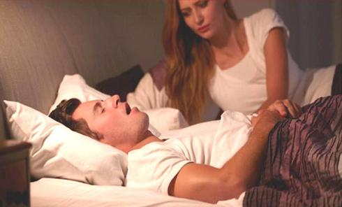 عواملی که منجر به حرف زدن در خواب می شوند