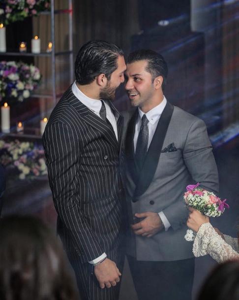 عليرضا حقيقي در مراسم عروسي دوستش