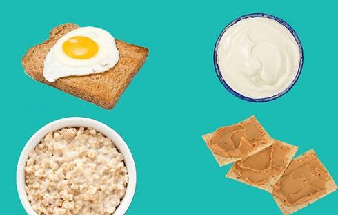 خوراکی هایی که باید یک ساعت و نیم قبل از رسیدن به کلاس ورزش برای افزایش قدرت بدنی بخورید