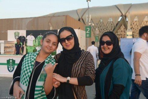 زنان عربستاني در ورزشگاه 1