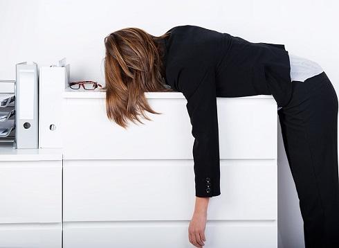 تاثیرات مستقیم یائسگی بر بی خواب زنان میان سال