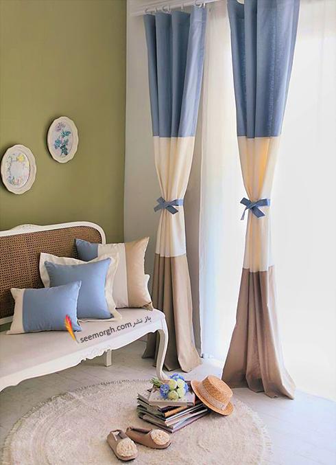 ست کردن فرش با ترکیب رنگی سورمه ای، سفید و نارنجی با پرده - عکس شماره 10