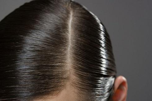 پاکسازی عمقی موهای چرب