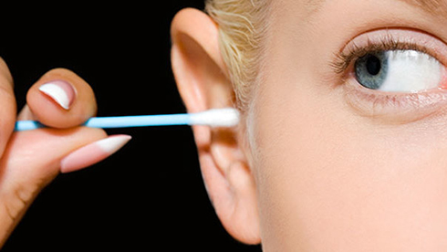 رنگ ترشحات گوش در مورد سلامت چه می گویند؟