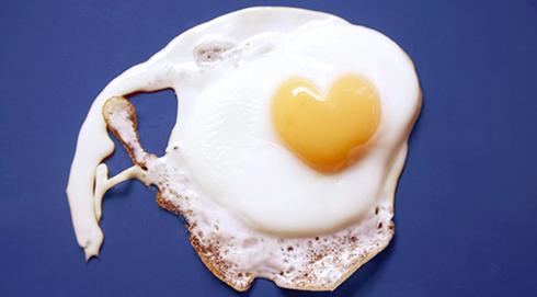 تخم مرغ کامل يا سفيده تخم مرغ، کداميک بعد از ورزش مفيد است؟