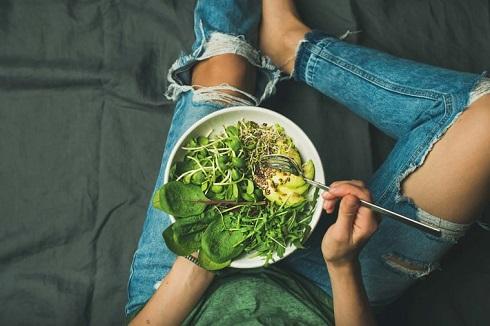8. برای کاهش وزن یک ناهار انرژی زا برای خودتان آماده کنید