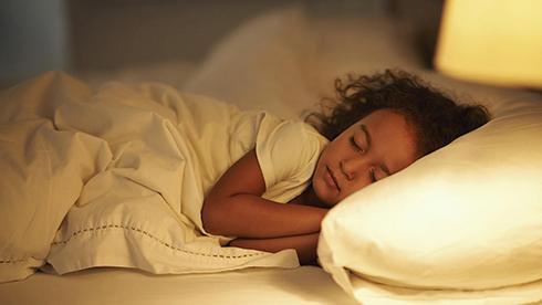 علت شب ادراري در کودکان چيست