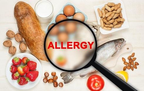 2.علت تنگی نفس بعد از غذا خوردن: حساسیت غذایی Food Allergy