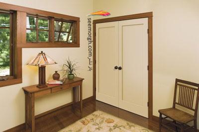 رنگ چهارچوب برای دیوار سفید با قرنیز قهوه ای تیره و درب ورودی قهوه ای روشن - عکس شماره 1