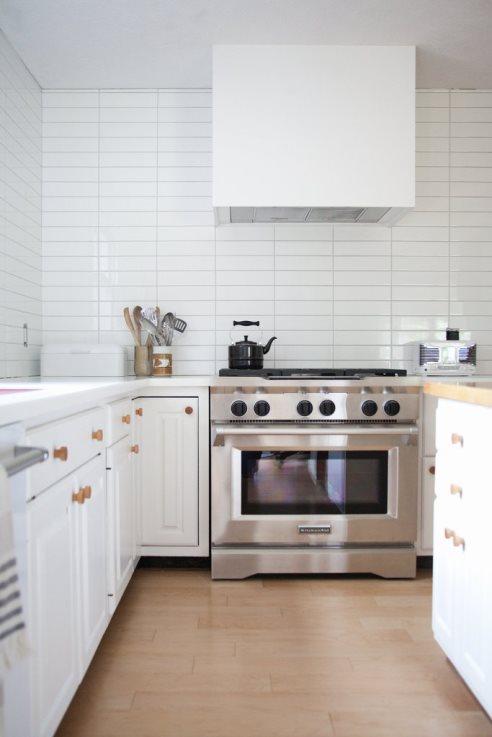 براي خوشبو نگه داشتن خانه چربي هاي آشپزخانه را تميز کنيد