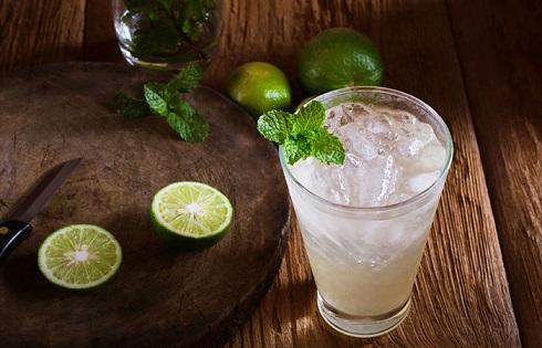آب لیمو ترش را چگونه مصرف کنیم