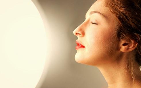 چگونه برافروختگی و قرمز شدن پوست را درمان کنیم