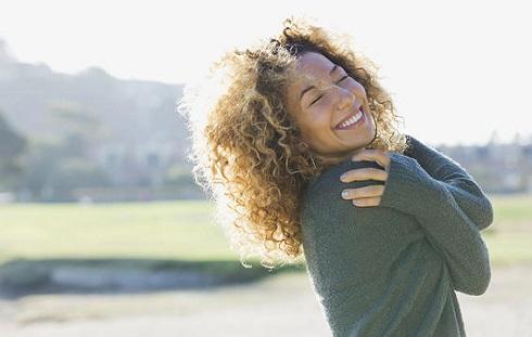 با خود حرف زدن می تواند حمایت عاطفی برایتان فراهم کند