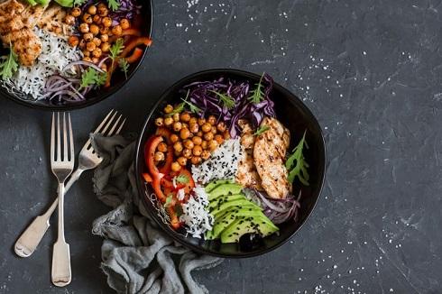 10. برای کاهش وزن برای شام از گوشت بدون چربی و سبزیجات استفاده کنید