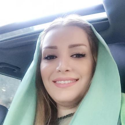 سلفی لاله شفیع زاده همسر خسرو حیدری