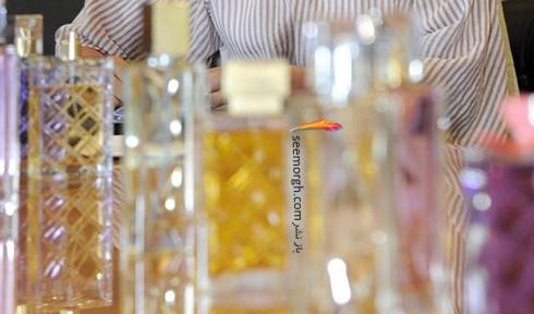 لیلا حاتمی در حال تست رایحه برای تولید عطر - عکس شماره 2