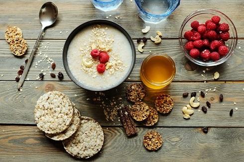 7. برای کاهش وزن صبحانه را جدی بگیرید